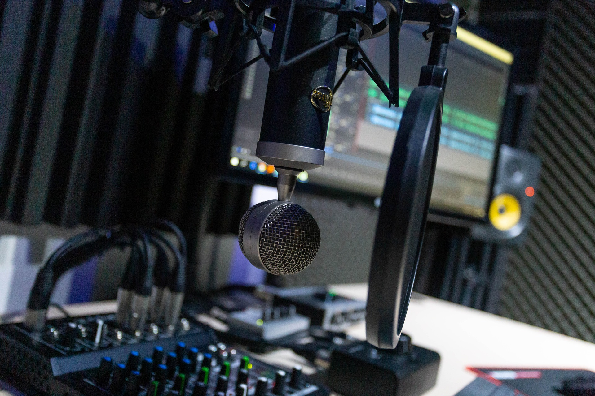 Why are Podcasts Great for Advertisers?